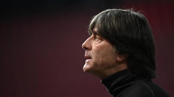Bundestrainer Joachim Löw beim Testspiel Deutschland gegen Türkei 2020 in Köln