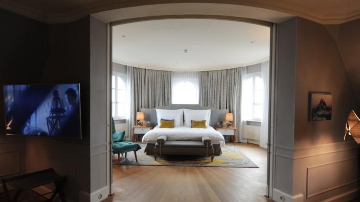 Ein runderneuertes Zimmer im Mandarin Oriental in München.