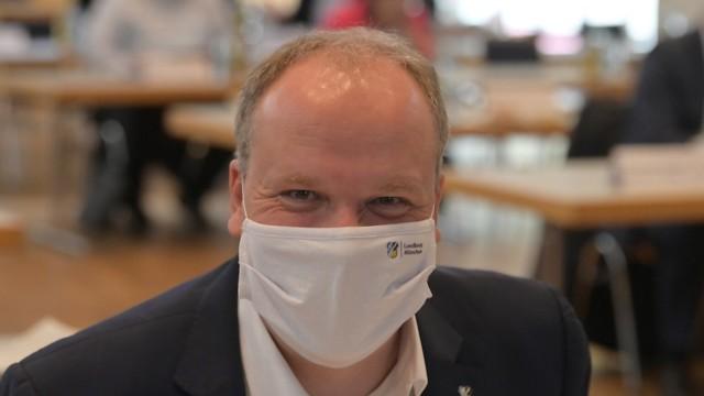 Coronavirus im Landkreis München: Landrat Christoph Göbel spricht von einer stabilen Lage.