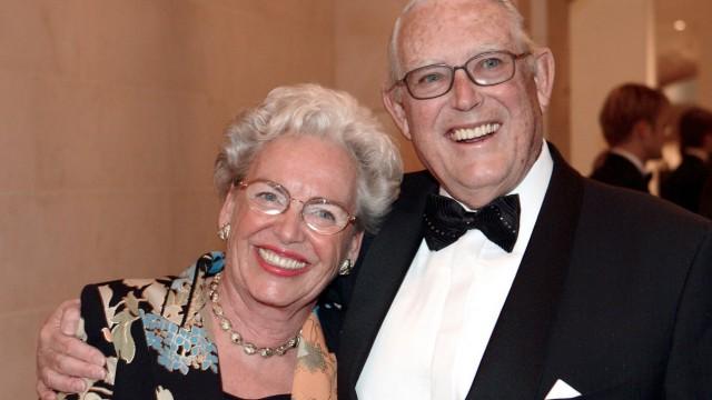 Erivan Haub GER Gesellschafter Tengelmann Warenhandelsgesellschaft KG mit Ehefrau Helga Haub