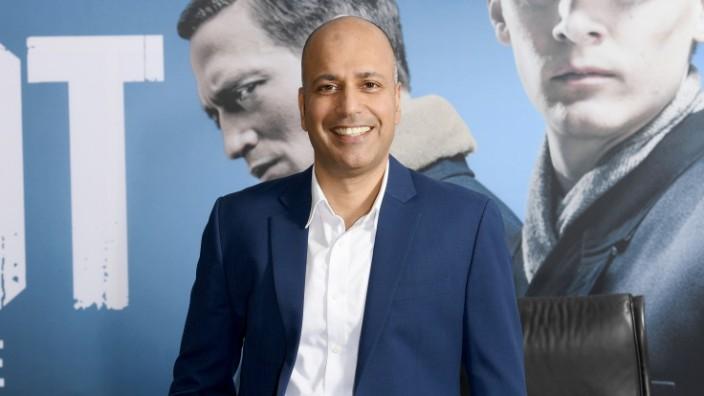 Devesh Raj, CEO Sky Deutschland , für das WIR Montagsinterview honorarfrei!