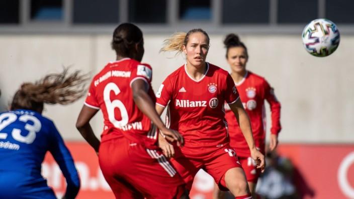 Sydney Lohmann 12 (FC Bayern Frauen), FC Bayern Frauen vs. FFC Turbine Potsdam, Bundesliga Frauen, 18.10.2020 DFB regula; Fußball - Frauen - FC Bayern - Sydney Lohmann