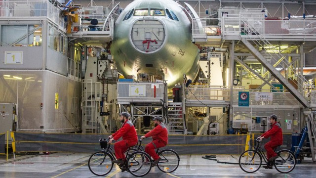 FRANCE - INDUSTRY - ECONOMY - PLANES - AIRBUS Workers on the A330 aircraft assembly line produced by the European airlin