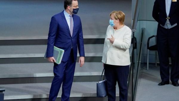 178. Bundestagssitzung im Reichstag in Berlin Aktuell, 29.09.2020, Berlin Angela Merkel die Bundeskanzlerin der Bundesr