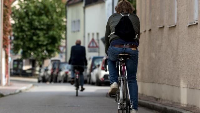FREISING: Alte Poststrasse (Alte Post-Strasse) wird Fahrradstrasse