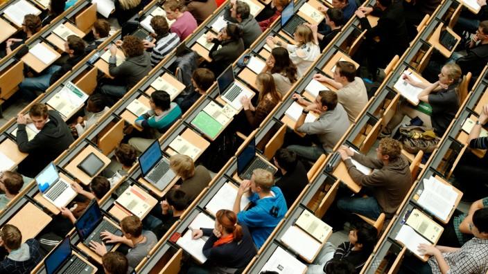 Entfesselte Universitäten - wohin steuern Bayerns Hochschulen?
