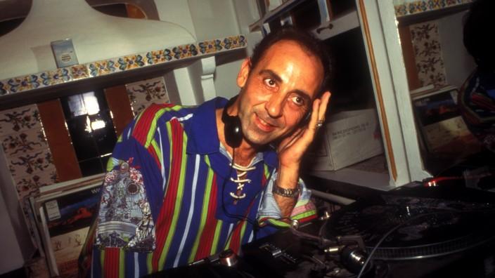 DJ Jose Padilla, Cafe Del Mar, Ibiza 1994