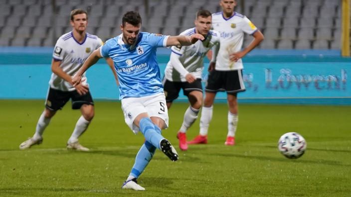TSV 1860 Muenchen v 1. FC Saarbruecken - 3. Liga