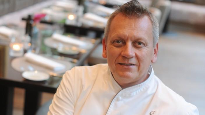 "Michael Hüsken im Restaurant ""Sophia's"" in München, 2018"