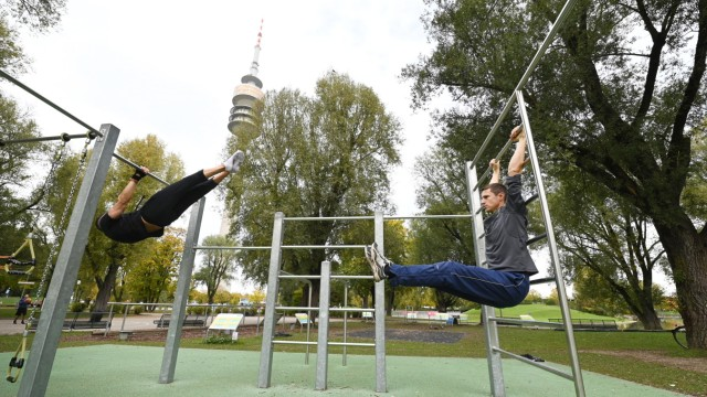 """""""Bewegungsinsel"""" im Olympiapark"""