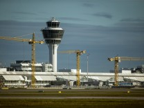 Hallbergmoos: Franz-Josef-Strauss-FLUGHAFEN / MUC Munich-Airport