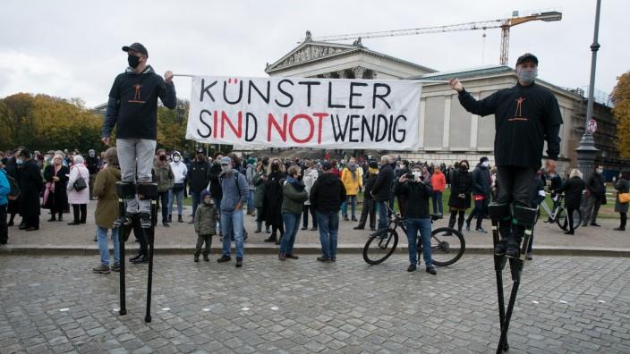 Kuturdemo am Königsplatz: AUFSTEHEN FüR KULTUR