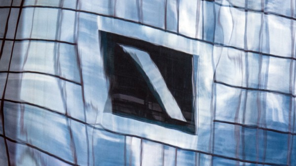 Warnstreiks in Call-Centern der Deutschen Bank