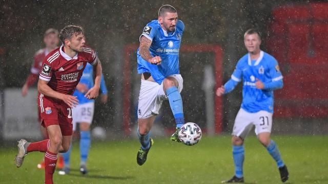 26.10.2020, Fussball 3. Liga 2020/2021, 7. Spieltag, SpVgg Unterhaching - TSV 1860 München, im Alpenbauer Sportpark Unt