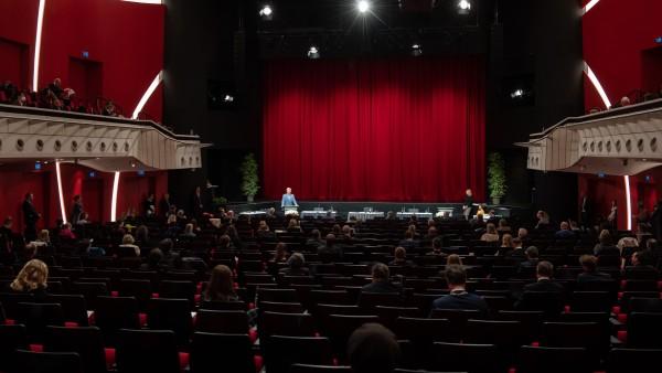 Zuschauer-Obergrenze trifft Theater hart