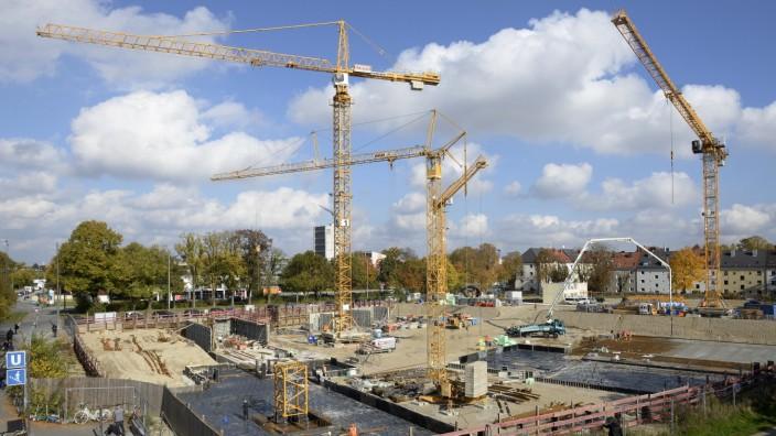 Obersendling: Obersendling wächst: Im Umkreis von wenigen hundert Metern sind am Ratzingerplatz gleich drei Schulprojekte im Bau oder in der Planung.