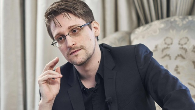 Snowden warns of looming mass surveillance in Japan Former U.S. National Security Agency contractor Edward Snowden give