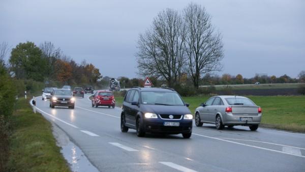Landstraße M3 Unterföhring zwischen Föhringer Ring und Autobahnanschluss A 99