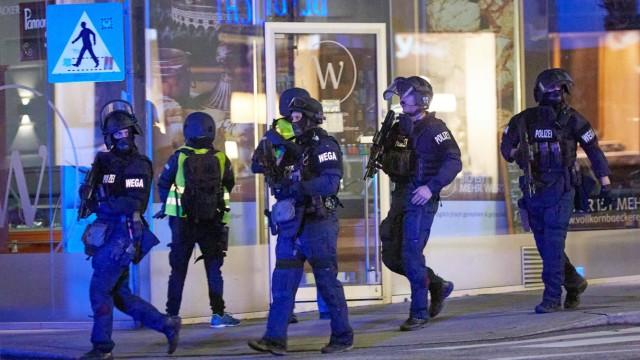 - Wien 02.11.2020 - Heute abend gab es in der Wiener Innenstadt einen Terroranschlag bei dem an mehreren Tatorten zwei