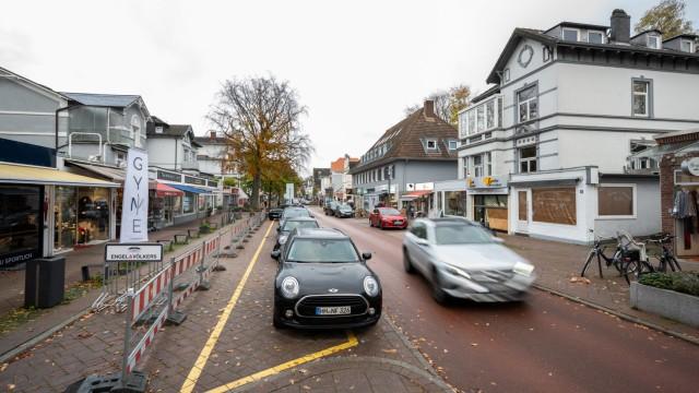 Erneuter Einpark-Unfall in der Hamburger Waitzstraße