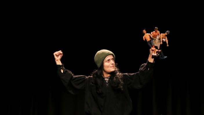 PUCHHEIM:  Theateraufführung - räuber in the box - im PUC