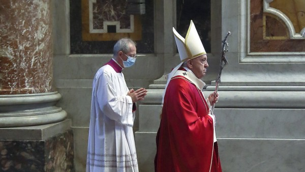 NO FRANCE - NO SWITZERLAND: Novenber 5,2011 : Pope Francis celebrates Holy Mass in suffrage of the deceased Cardinals a