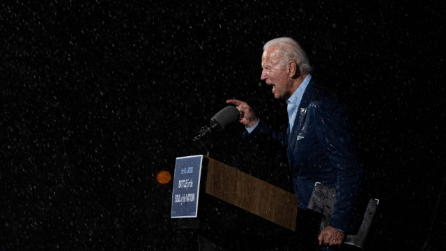 Biden campaigns in battleground state of Florida