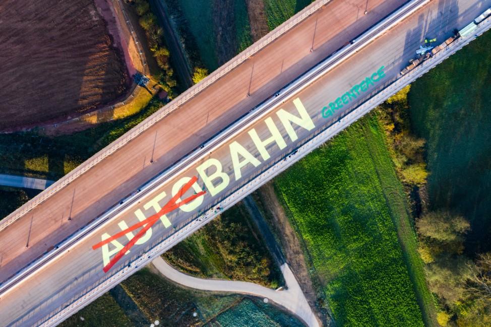 Greenpeace-Protest  gegen Ausbau der A49 in Hessen