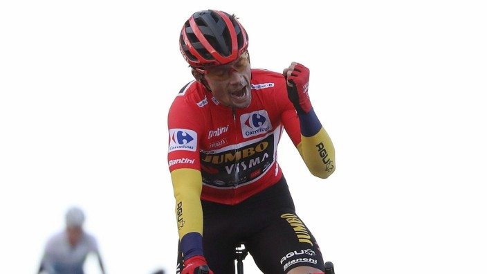 Slovenian rider Primoz Roglic, of Jumbo-Visma team, celebrates his victory at the end of the 17th stage of the Vuelta a