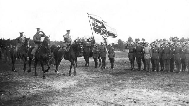 Kapitän Ehrhardt mit seinem Freikorps, 1920