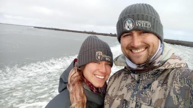 Nicole Spinks und Ben Lawrence, Lodge Manager der Seal River Lodge in Manitoba, Kanada 2020.