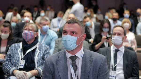 KYIV, UKRAINE - SEPTEMBER 10, 2020 - Kyiv city head Vitali Klitschko wears a face mask during the Impact of the Covid-1
