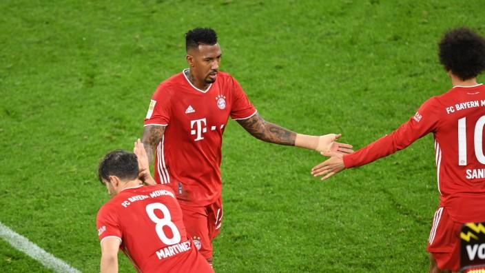 Fussball v.l. Javier Javi Martinez, Jerome Boateng, Leroy Sane (Bayern) Dortmund, 07.11.2020, Fussball, Bundesliga, Bor; Jerome Boateng