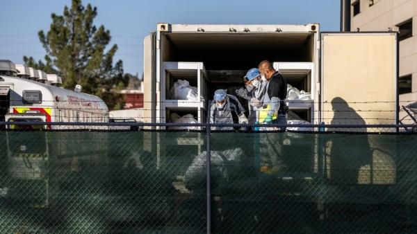 El Paso County detention inmates help move bodies in El Paso
