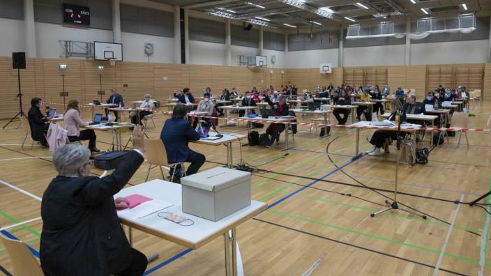 Bezirksausschusssitzung in München in Zeiten der Corona-Krise, 2020