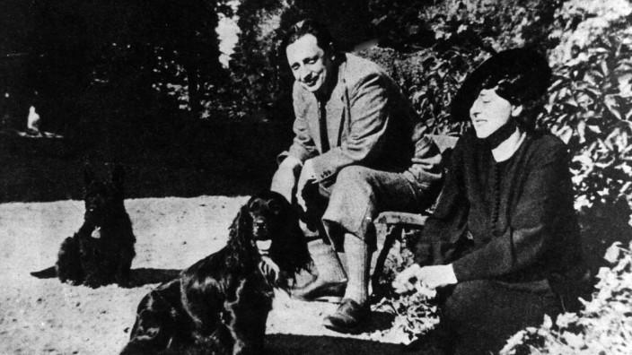 Giuseppe Tomasi Di Lampedusa With His Wife
