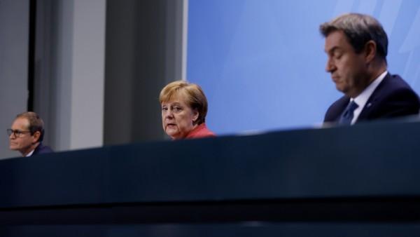 Angela Merkel spricht nach dem Corona-Gipfel am 16. November 2020 in Berlin