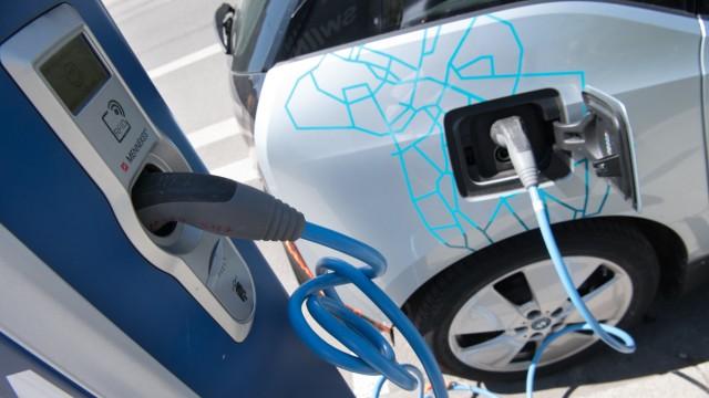 Elektrofahrzeuge: Ladestation für Elektroautos