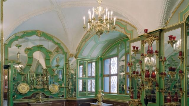 Das Silbervergoldete Zimmer im Dresdner Historischen Grünen Gewölbe , das am Freitag (1.9.06) von Bundeskanzlerin Angel