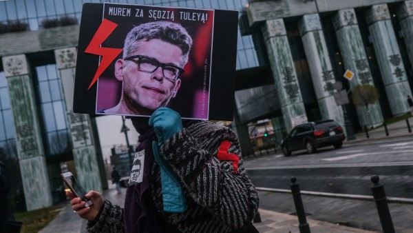 Anti-Government Protests Continue Whilst Poland Rejects EU Stimulus Package