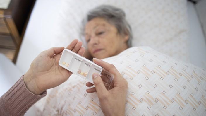 Thema: Pflegende Angehoerige. Radevormwald Deutschland *** Subject Nursing relatives Radevormwald Germany Copyright: xUt