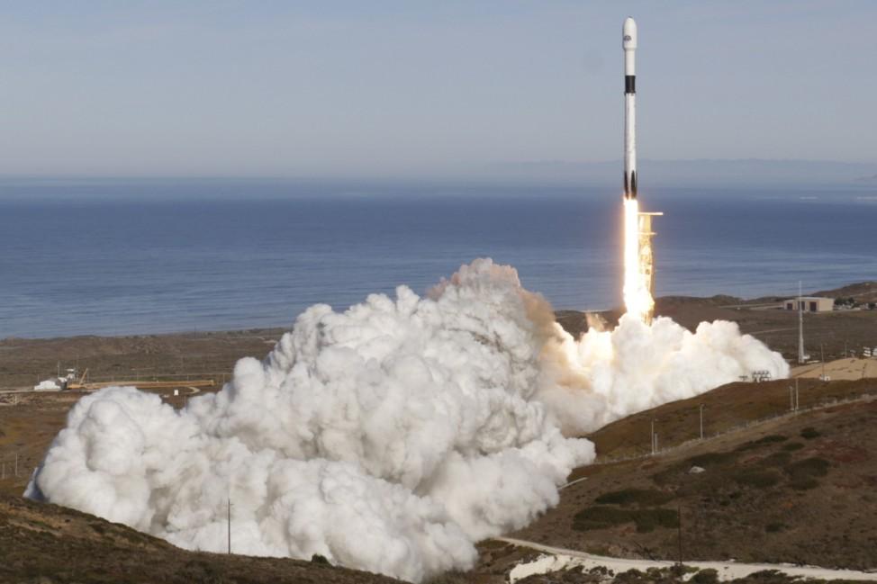 """Erdbeobachtungssatellit ´Sentinel 6"""" ins All gestartet"""