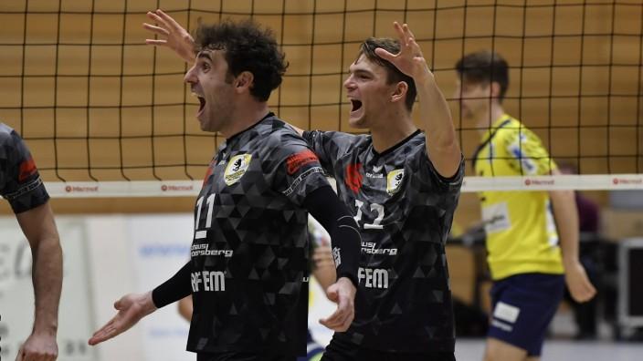 21.11.2020 - Volleyball - 2. Bundesliga Männer - Saison 2020 2021 - SV Schwaig - TSV Grafing - / - Fabian Wagner (11, TS; grafing volleyball