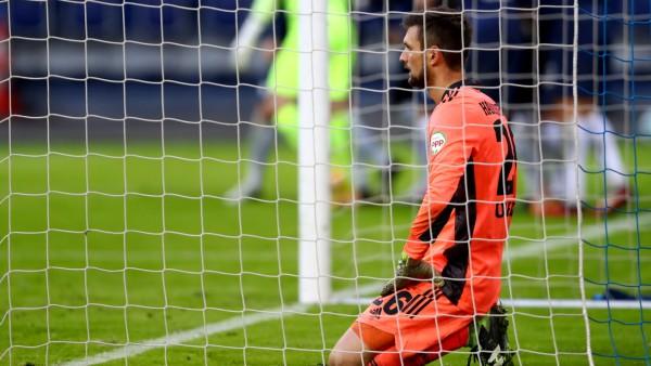 HSV-Torwart Sven Ulreich gegen den VfL Bochum