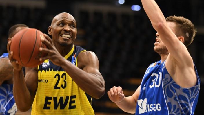 EWE Baskets Oldenburg - Fraport Frankfurt