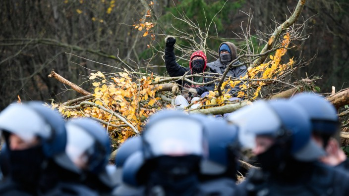 Polizeiaktion am Dannenröder Forst
