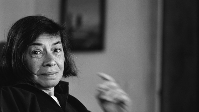 Portrait of Patricia Highsmith le 25 mai 1976 AUFNAHMEDATUM GESCHÄTZT PUBLICATIONxINxGERxSUIxAUTx