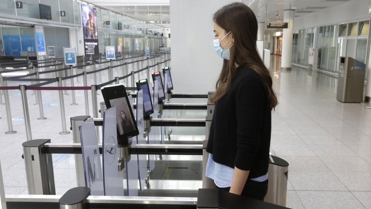 pilotversuch-m-nchner-flughafen-f-hrt-biometrische-kontrollen-ein
