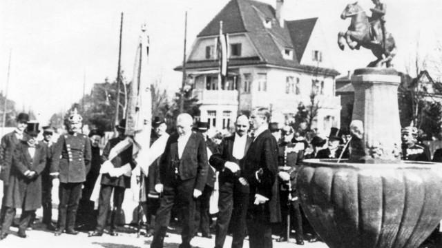 Einweihung 1.4.1914 Bismarck-Brunnen Pasing