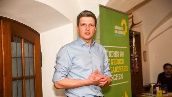 Aus dem Amtsgericht: Als Redner unfallfrei: Hans Urban beim politischen Aschermittwoch 2019 im Klosterbräustüberl Schäftlarn.